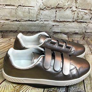 Tretorn Womens Silver Triple Strap Sneakers 10 W